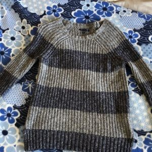 American Eagle stripped sweater in XS.